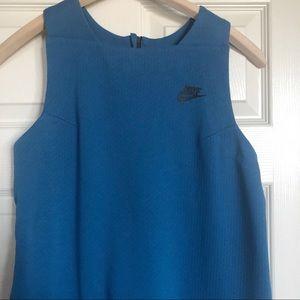 NIKE Athletic Dress Blue Pockets Medium